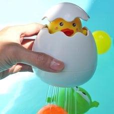 Игрушка для купания Яйцо-лейка с цыпленком оптом